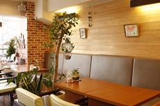カフェ・飲食店の絵画インテリア